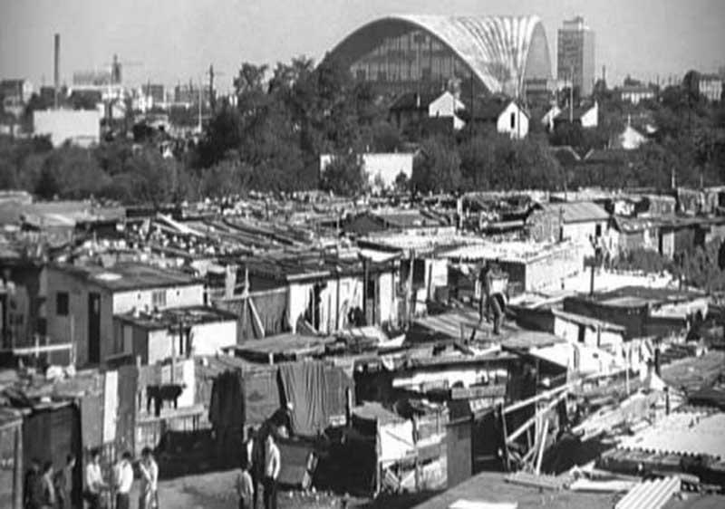 Le bidonville de Nanterre, dont la grande majorité des habitants sont des immigrés