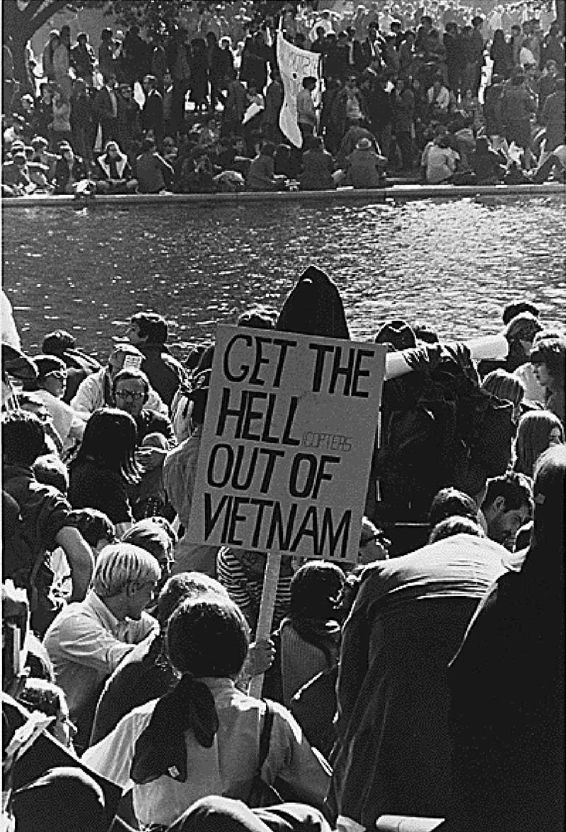 Manifestation contre la guerre du Vietnam en 1967 aux États-Unis
