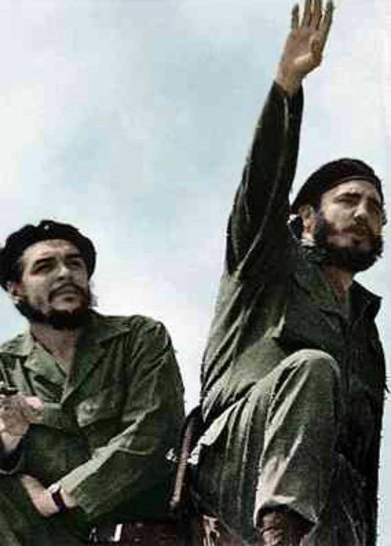 """""""Che"""" Guevara (à gauche) et Fidel Castro (à droite) en 1961"""