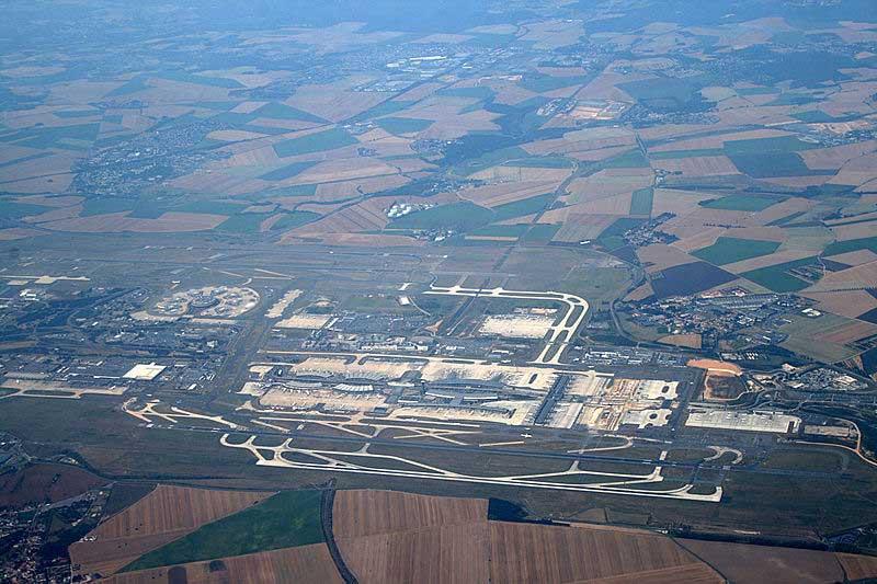 Vue aérienne de l'aéroport de Roissy-Charles de Gaulle