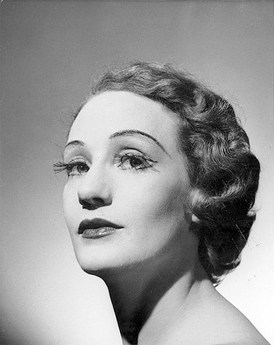 Portrait de Laurel Martyn, Helmut Newton, 1952
