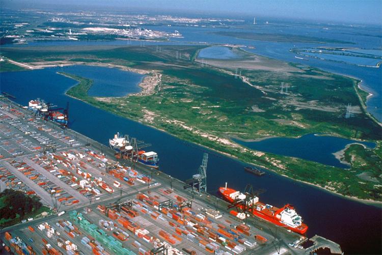 Vue aérienne du port de Houston