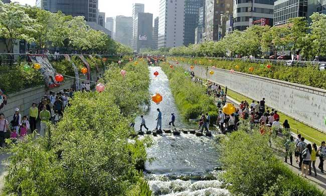 La promenade du centre-ville de Séoul