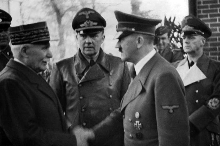 Rencontre de Pétain et Hitler à Montoire en octobre 1940