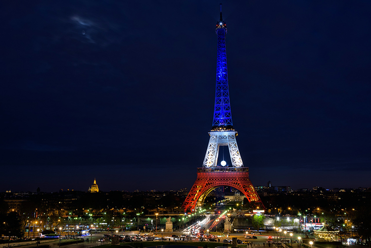 La tour Eiffel, monument incontournable du tourisme international