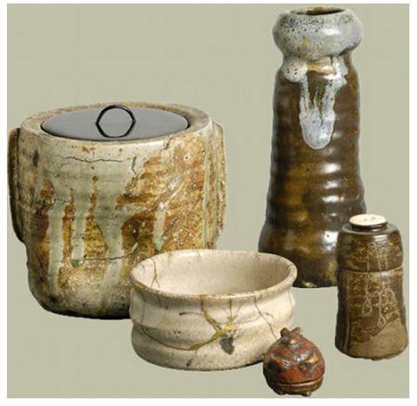 Des récipients en céramique