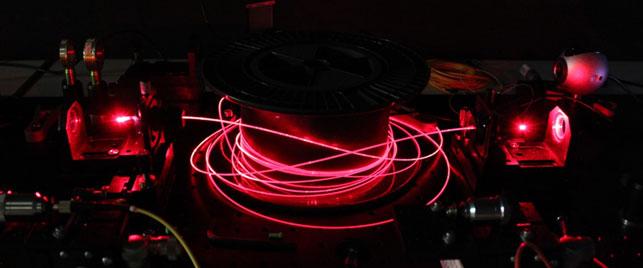 Propagation d'un signal lumineux dans une fibre optique