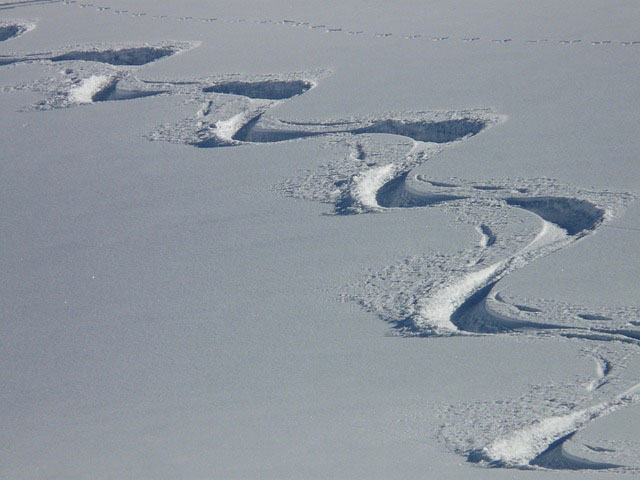 Trajectoire d'un skieur dans la neige
