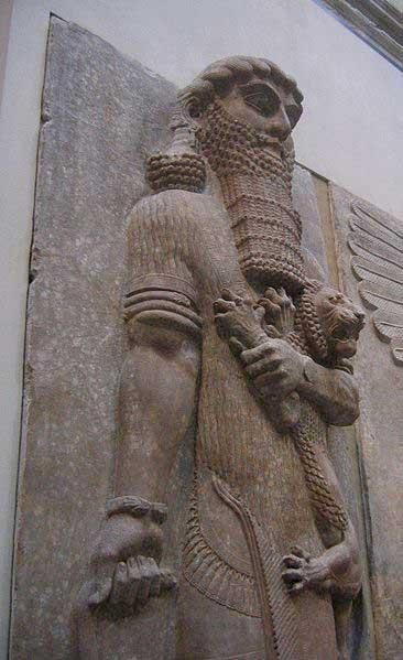 Gilgamesh étranglant un lion