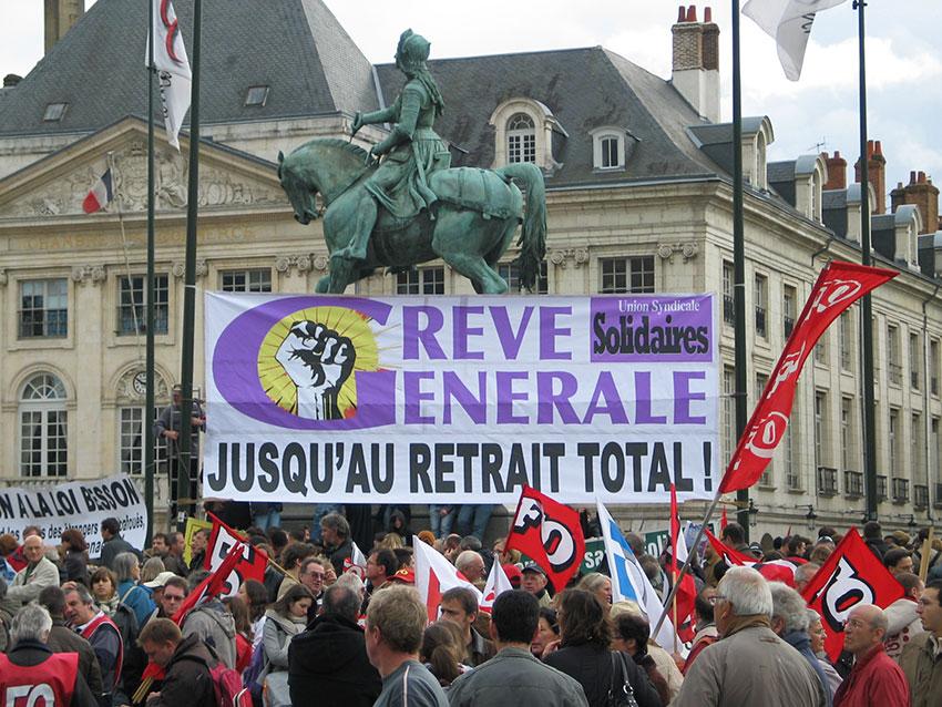 Manifestation et appel à la grève générale à Orléans en 2010