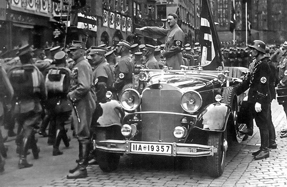 Hitler monte au pouvoir
