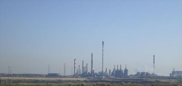 Site pétrochimique de Mardyck près de Dunkerque classé Seveso