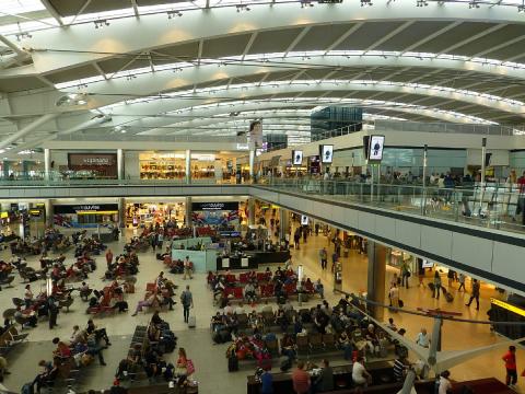 aéroports flux passagers fret