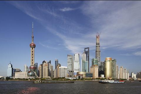La skyline du quartier des affaires de Pudong, reflet de la puissance de Shanghai