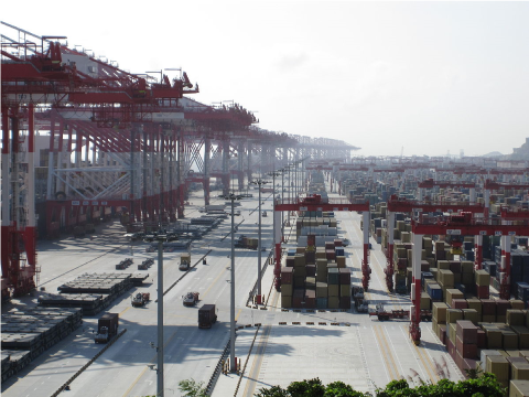 Terminal de Yangshan, le plus vaste terminal à conteneurs au monde
