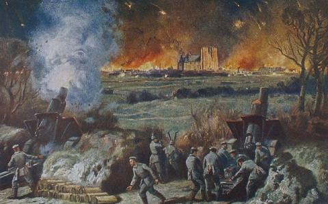 Carte postale du bombardement de la cathédrale de Reims par les Allemands