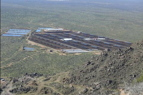 Espace rural en Arizona (États-Unis) où se pratique un élevage intensif dans des feedlots (parcs d'engraissement industrialisé)