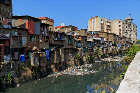 Le bidonville de Dharavi à Mumbai (Inde)en 2016